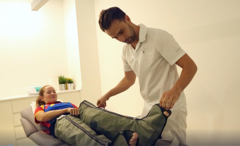 Noelia Juan con el fisioterapeuta Nacho Coscolla